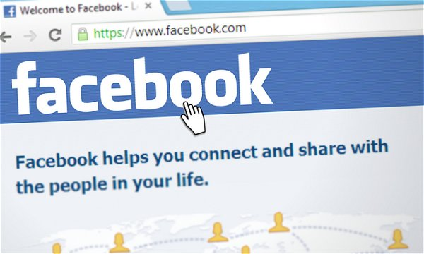 アクセスアップの方法:Facebook
